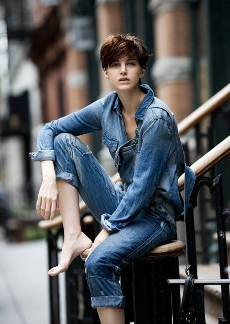 "Denim: i 5 pezzi ""must have"" per la primavera-estate 2016"